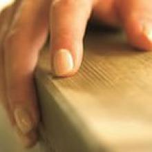 Использование антисептика для дерева. Как сохранить деревянные конструкции?