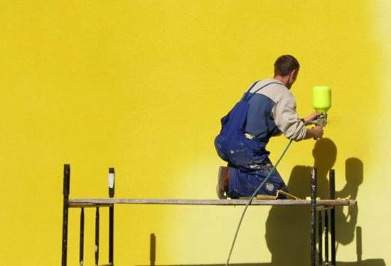 Как правильно выбрать фасадную краску?