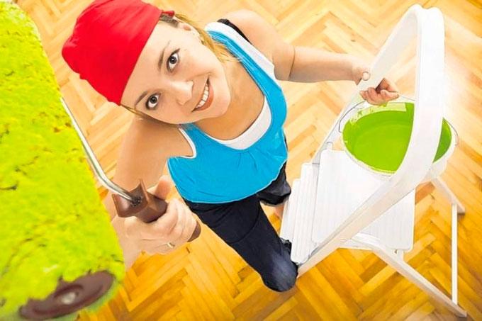 Практические советы при покраске потолков